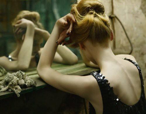 [Miroir Miroir]