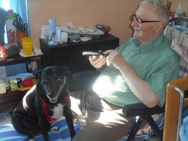 785. Xéna rend à nouveau visite à son parrain à la maison de retraite (2)