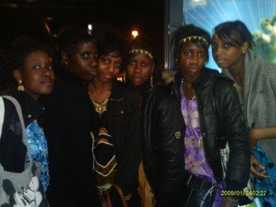 ♥` Djeneba , Bamby , Mamou , Aminata (Moii) , Fouleye , RoKiia