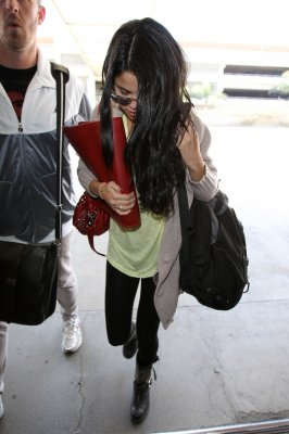 ♥ Selena quitte Los Angeles !