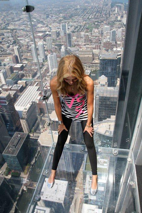 es que vous avez le courage de monter cette ascenseurs ?????