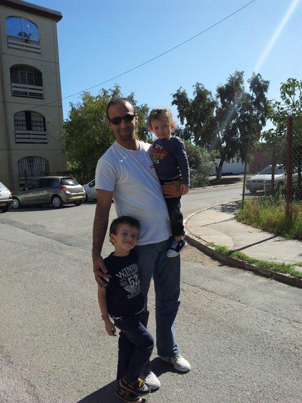 moi et les fils de mon cousin maternelle je les aime  beaucoup