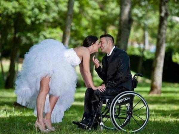«L'amour n'est rien. Être aimé, c'est quelque chose. Être aimé par la personne que tu aimes, c'est tout»