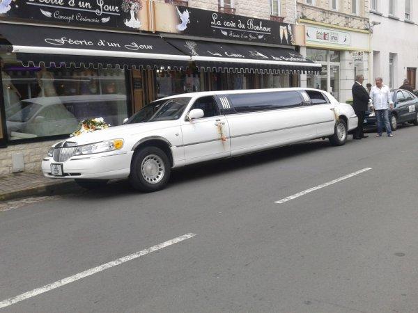 voici la limousine devant chez moi