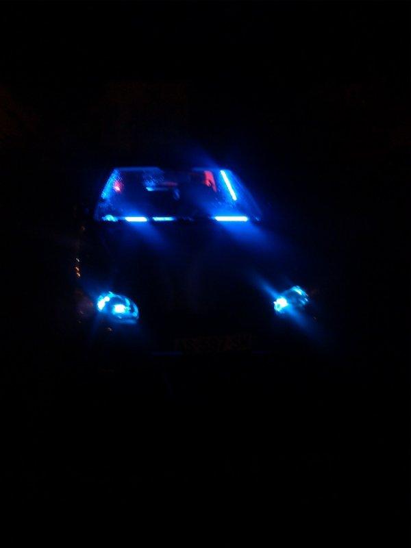 voici la suite des néons de ma voiture