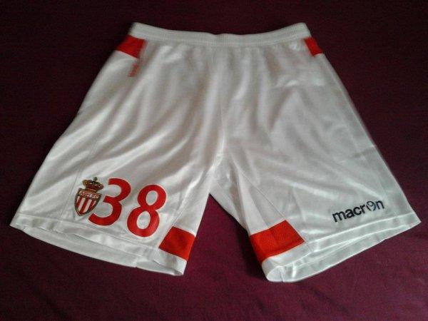 ~ Short AS Monaco porté par Alexandros Tziolis contre le Clermont Foot Auvergne 63 en Ligue 2 Saison 2011/2012.