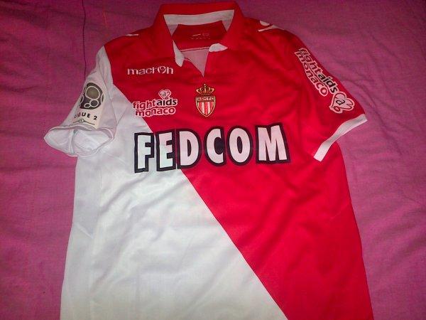 ~ Maillot AS Monaco porté par Adriano en Ligue 2 Saison 2012/2013.