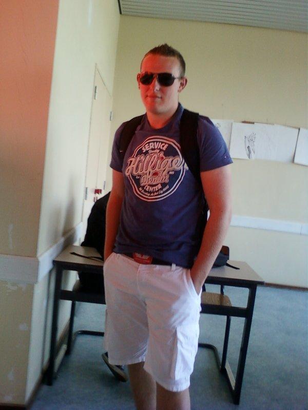 Facebook : DAVID HANQUET ! :)