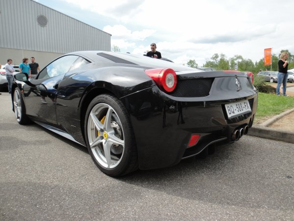 rassemblement ford le 1er mai 2012 ferrari f458 italia porsche 911 997 phase 1 carrera s un. Black Bedroom Furniture Sets. Home Design Ideas