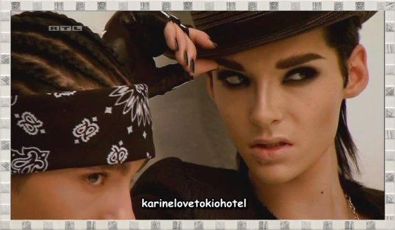 j'adore son regard !!!! ♥