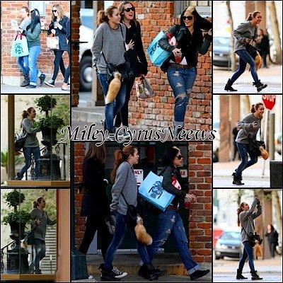 Le 15/01/2011 : Miley a été photographiée hier (14 janvier) en se promenant à Nouvelle-Orléans. + Interview récente, de l'acteur Nathan Sykes il a le béguin pour Miley !