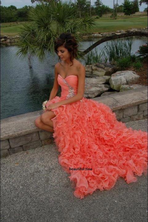 combien de j aime peu avoir cette robe?