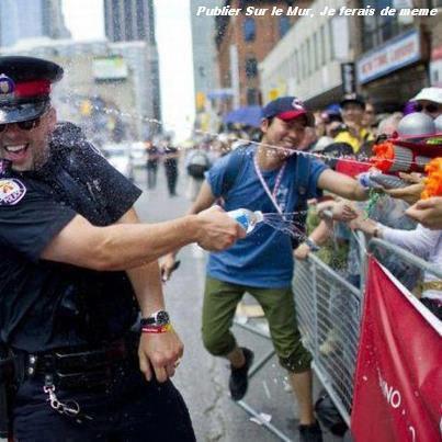 Un petit J'aime pour tout ce qui rêves d'avoir des policiers pareil dans son pays .. ♥