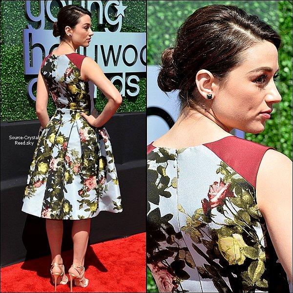 01/08 Crystal était à l'évènement annuel des Young Hollywood Awards. Le cast de Teen Wolf ont reçu un prix pour le Best Ensemble Cast.