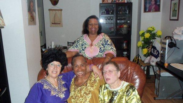 Virtuel  devenu réèl  Court séjour a Corbeil / Essonnes chez mon amie Nelly  et soirée congolaise  avec  Adolphine et Emile