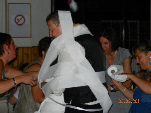 Une tradition italienne porte bonheur pour la 1ére danse des mariés