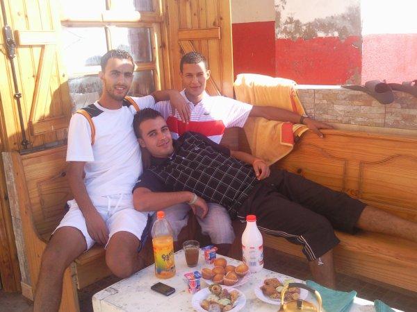 moi et shabi w khouti w jirani faride mokhtar