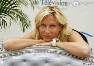 Céline Frémont (Rebecca Hampton)