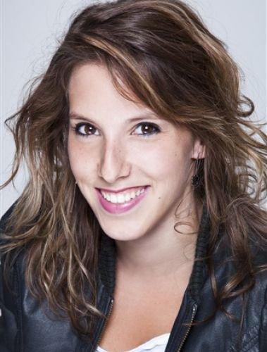 Barbara Evenot (Léa François)