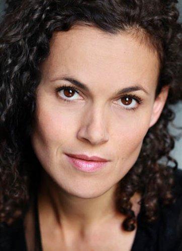 Adriana Paoletti (Charlotte Boimare)