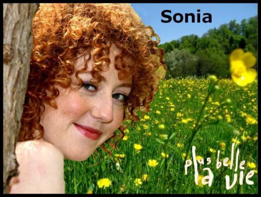 Sonia (Blandine Bellavoir)