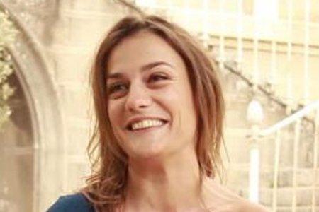 Lara, la prof d'SVT bientôt au coeur de l'intrigue de Plus belle la vie, cache un lourd secret !