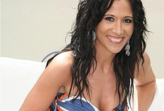Fabienne Carat (Samia)