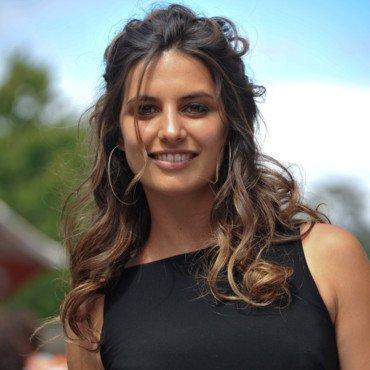 Laetitia Milot (Mélanie)