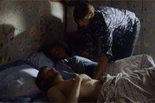 EXCLU ! Thérèse et Nathan dans le même lit !