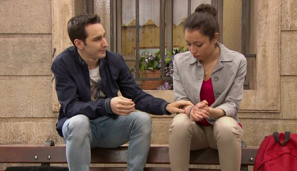 Pour vous, le couple Jonas / Layla doit-il continuer ?