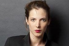 Elodie Varlet (Estelle) dans « Meurtres à la Ciotat »