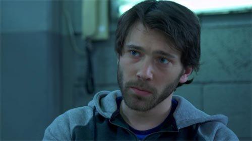 Greg (Martin Barlan)