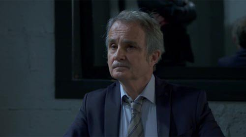 Juge Crouzat (Paul Minthe)