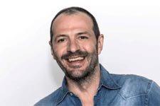 Jean-Charles Chagachbanian (Franck) : « Il arrive qu'on m'appelle pendant mes vacances pour un rôle »
