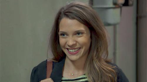 Léa Leroux (Marie Hennerez)
