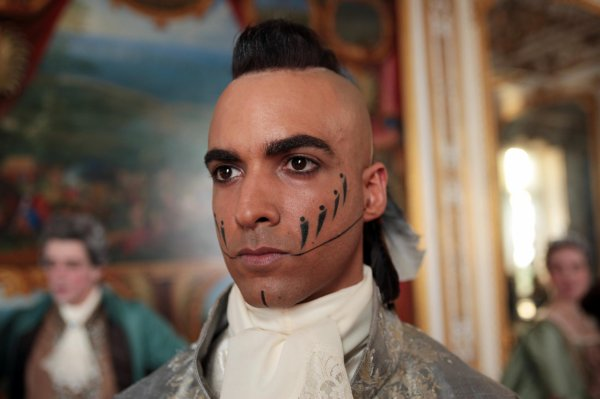 PHOTOS : Joakim Latzko (Gabriel) dans « Nicolas Le Floch »