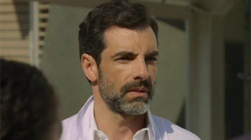 Dr Alibert (Eric Perez)