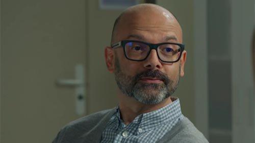 Dr Razen (Gilbert Traina)