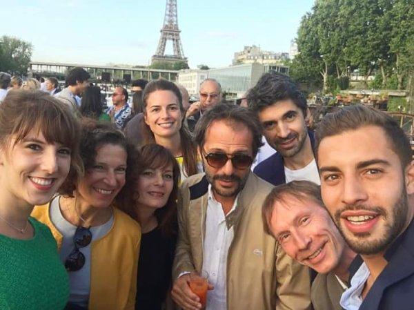 L'équipe de Plus belle la vie à Paris