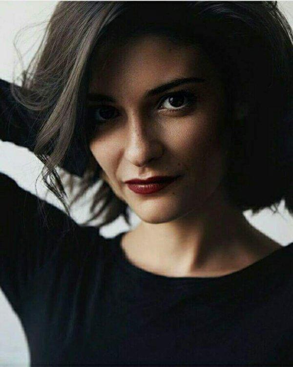 Eléonore Sarrazin