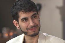 RÉCOMPENSE : Jonas Ben Ahmed (Dimitri) élu personnalité LGBT de l'année !