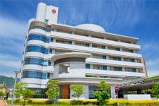 INDISCRÉTION : L'hôpital découvre la liaison de Léa et Camille !
