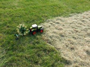 MON DIORAMA SUR L'ANDAINAGE AVEC MINIATURES AGRICOLES