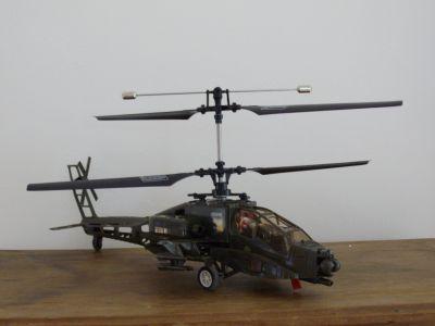 Mon hélicoptère apache éléctrique