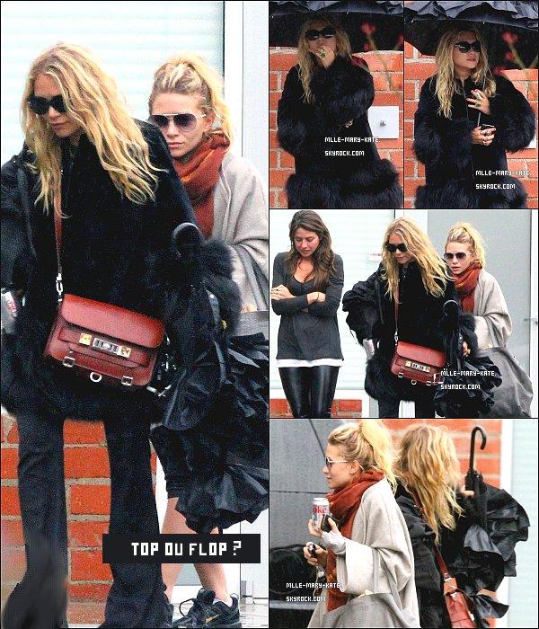 * Les Miss Olsen dehors au studio a Culver City  21/12/10. *