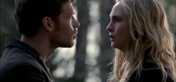 """Vampire Diaries, saison 5 : """"Entre Caroline et Klaus, c'est mort !"""""""