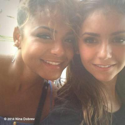 Nina Dobrev naturelle avec Christina Milian sur Instagram, son beauty look nude