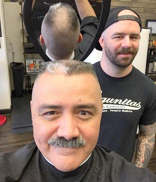 Client et coiffeur