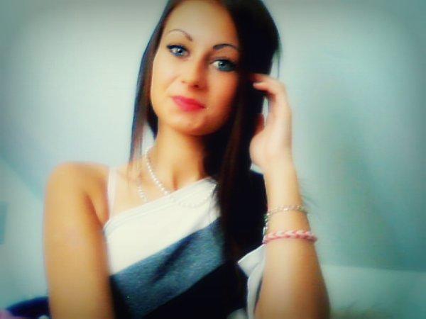 - Il y a des maladies qui ne se guérissent pas avec de l'argent, mais avec de l'amour ♥*
