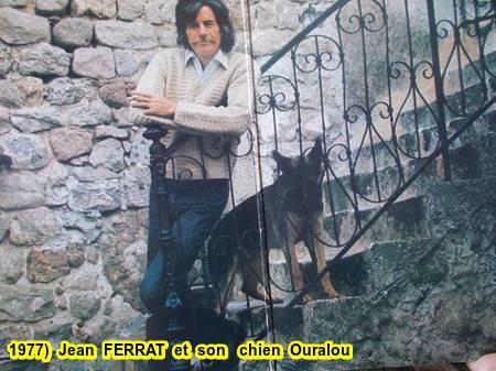1977)  Jean FERRAT et son chien Ouralou